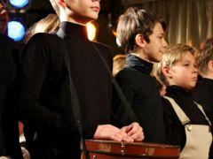 15 старых чемоданов и одна страна - Музыкальный театр детей Радуга