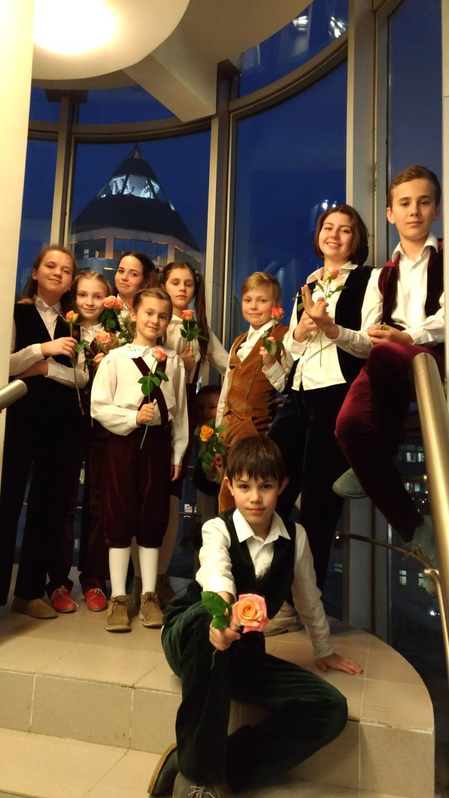 Выступление на открытии фестиваля Москва встречает друзей